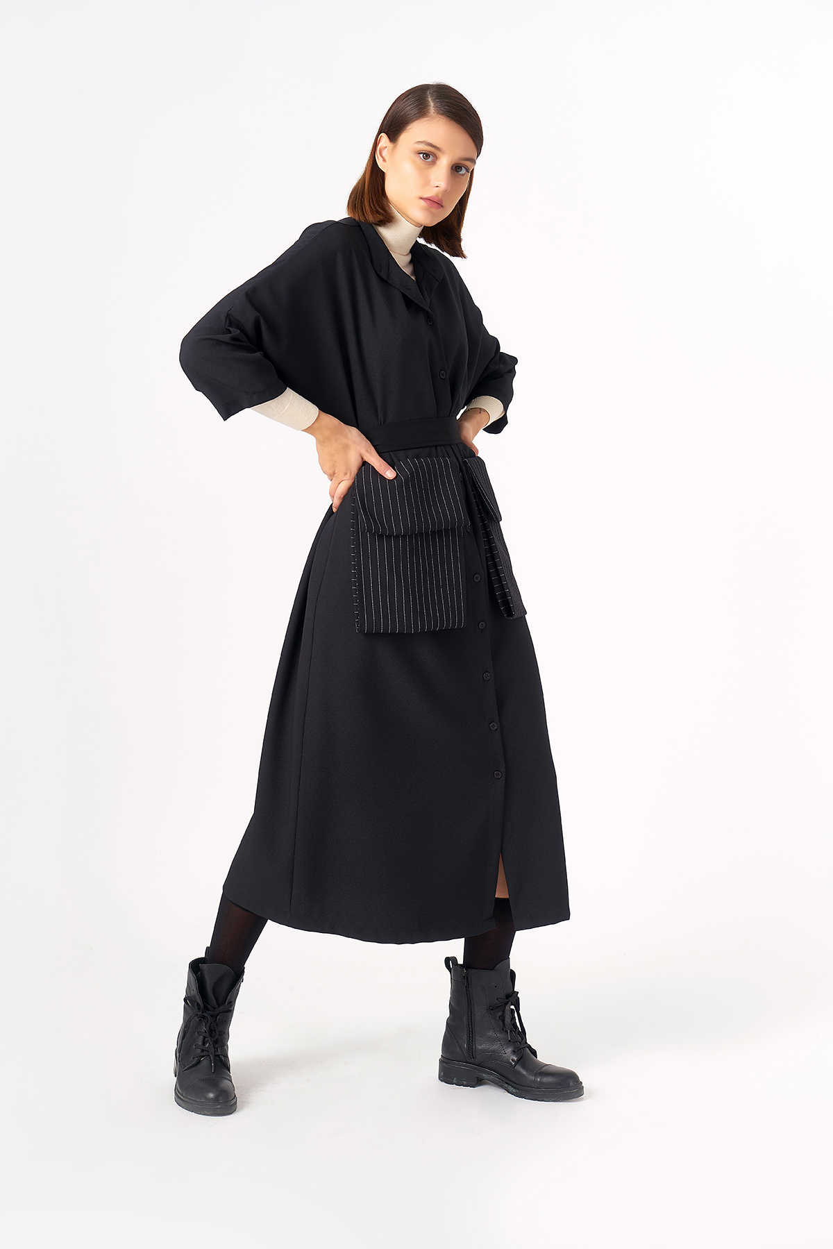 2083 Elbise Siyah