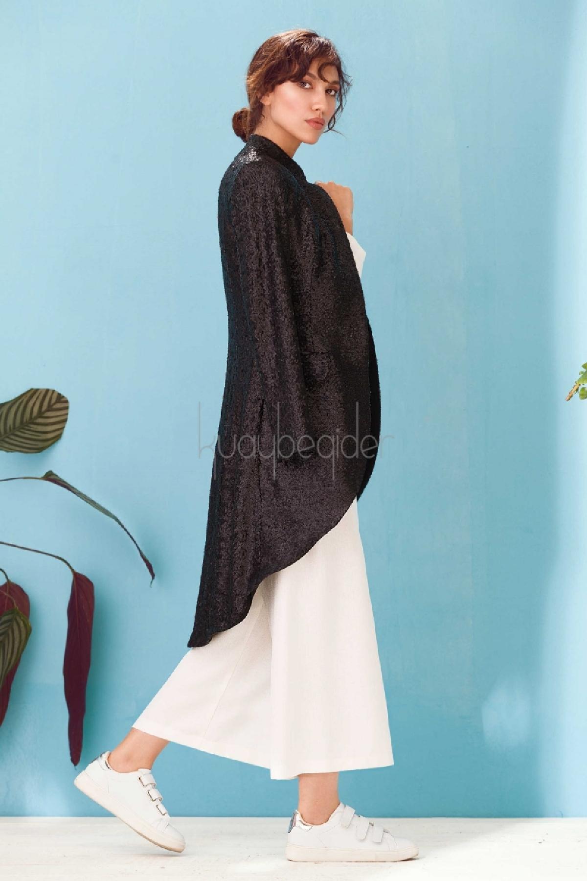 7056 Black Swan Frak